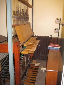 carillon console at Central United Methodist Church, Lansing, MI